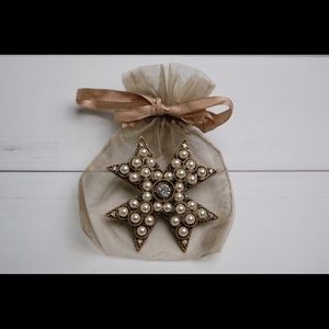 Chico's Broach (Never Worn)
